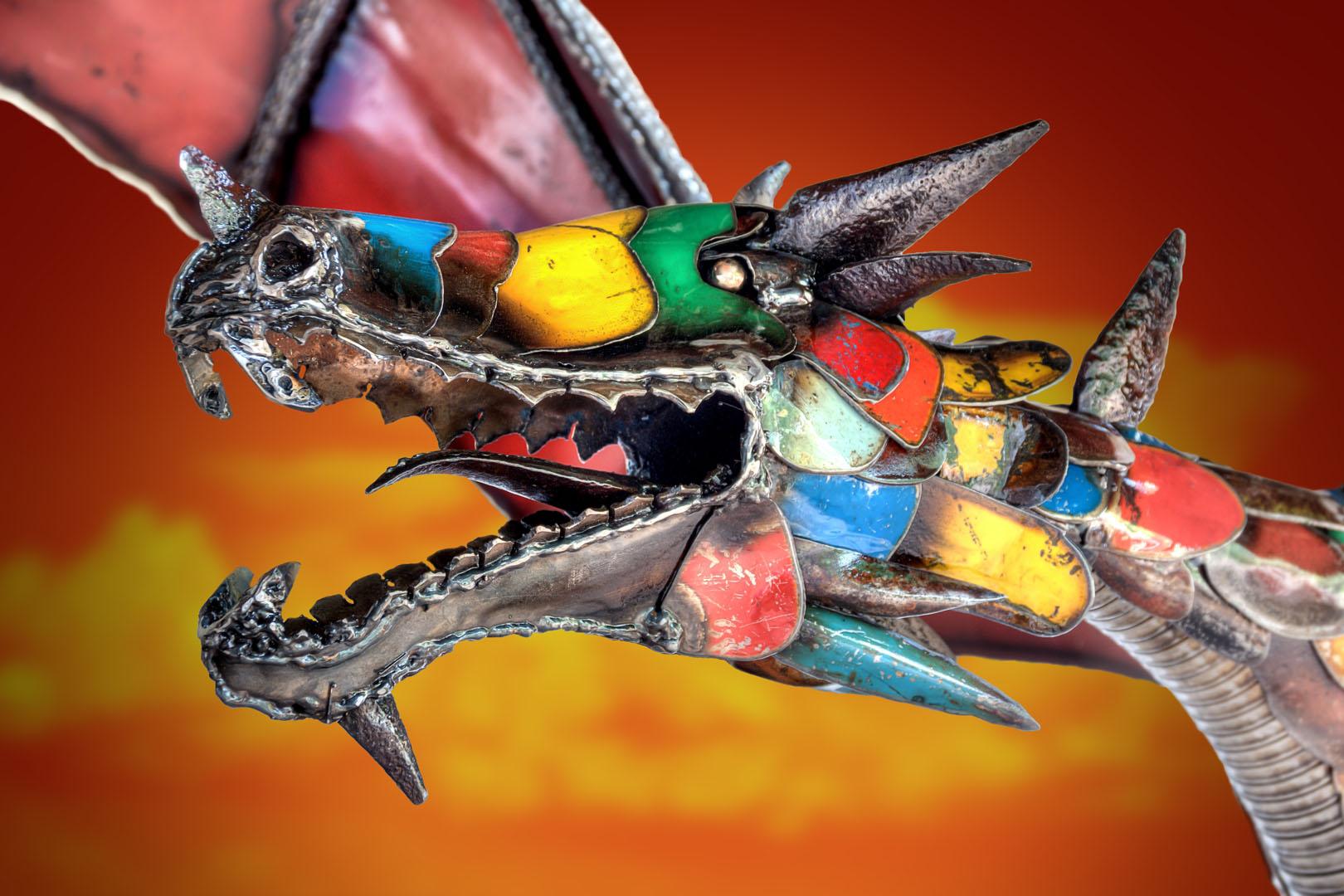 Dragon head Close